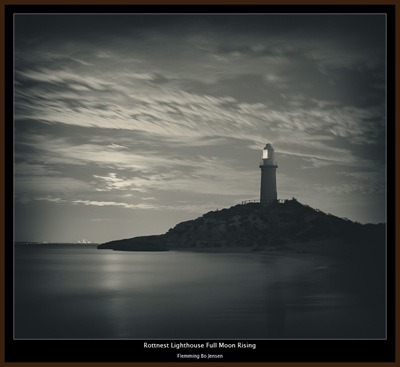 Rottnest-lighthouse-fullmoon