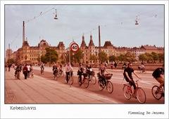 copenhagen-bridge-bicycles