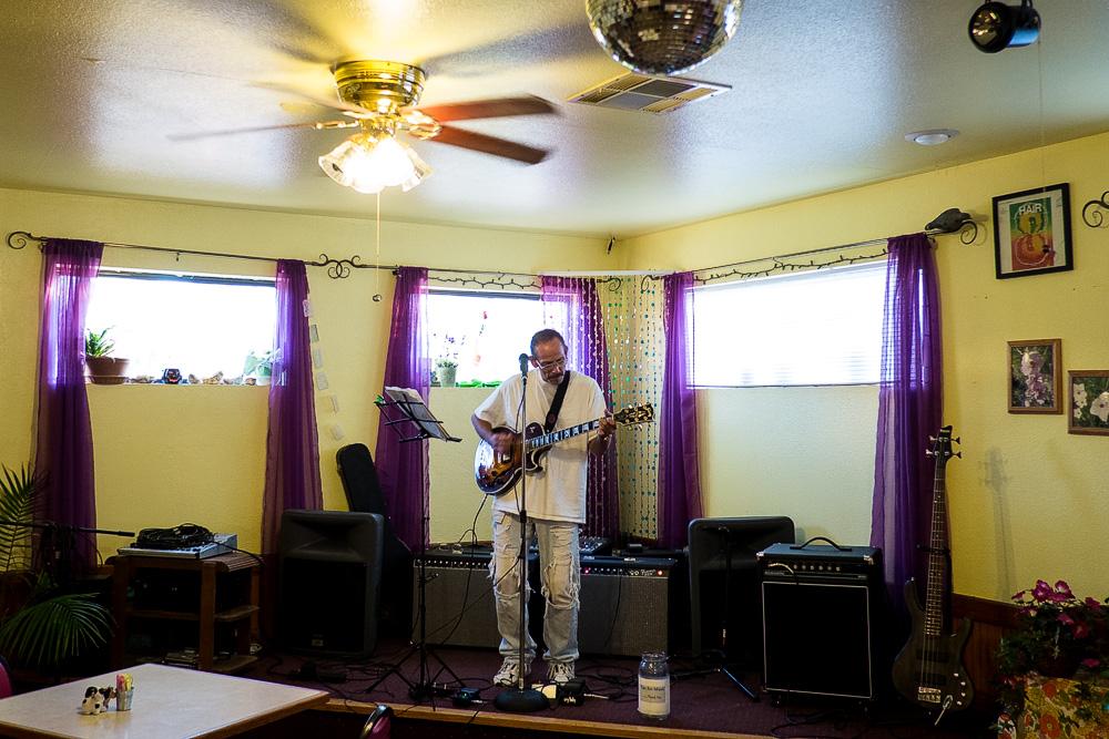 TorC-guitar-player