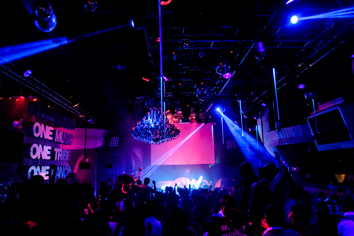 Main floor of Zouk Singapore. XT1 with 16-55mm lens, F2.8 at 1/45 second