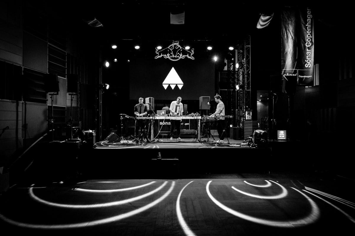 AV AV AV sound check at Sonar Copenhagen
