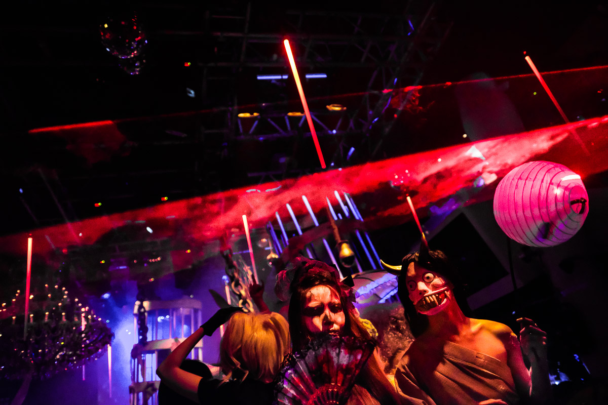 Halloween at Zouk Singapore. Fujifilm X-Pro2 with XF16mm F1.4 lens. 1/180 at F1.4, ISO 5000