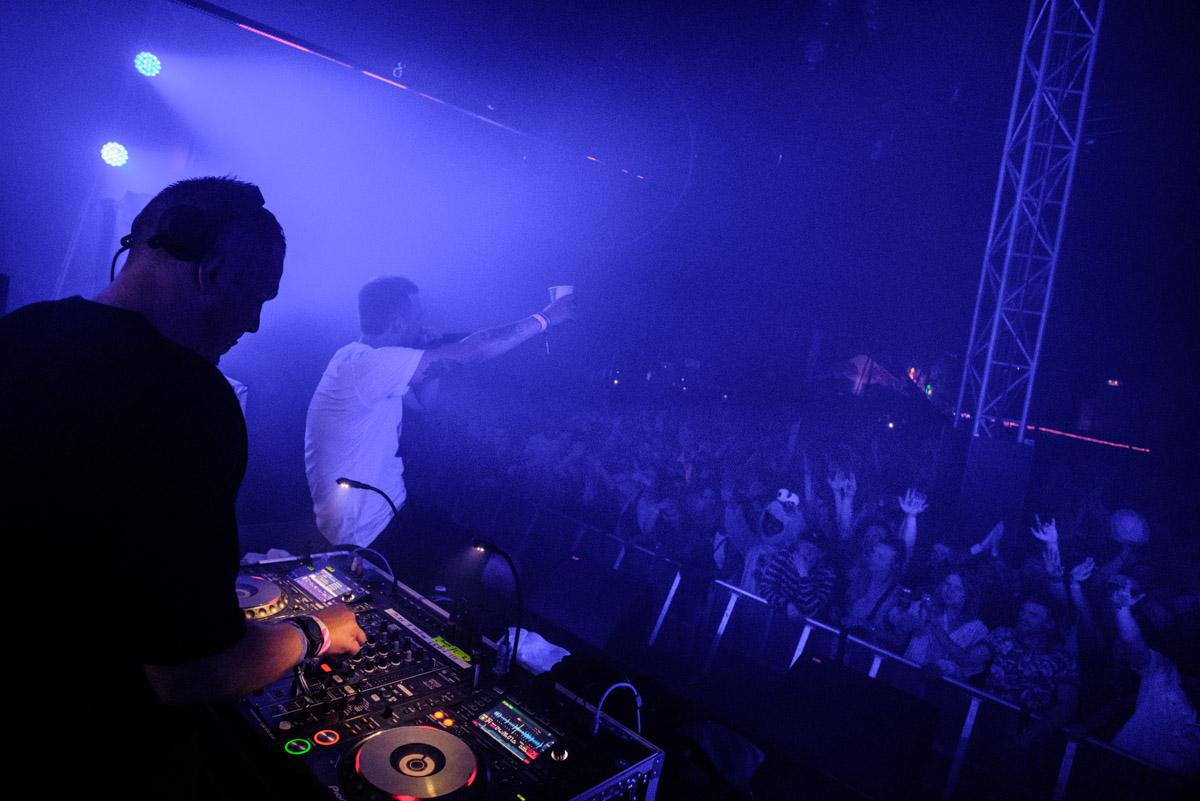 Eloq B2B with DJ Er Du Dum Eller Hvad - (spot the Cookie Monster)