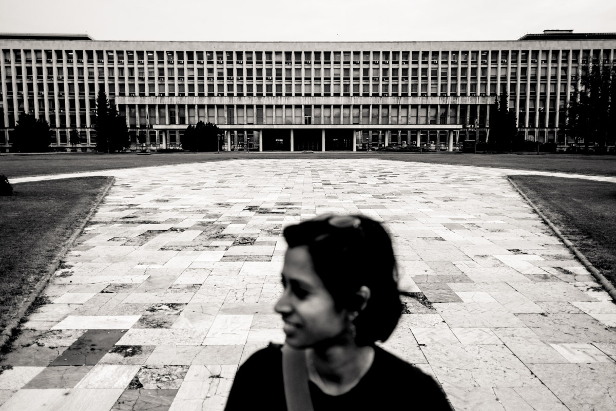 Doing a #SorryAnton portrait of Charlene in front of the Palace of Serbia